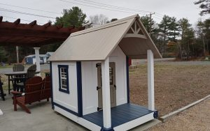 5' x 8' lil churchill playhouse