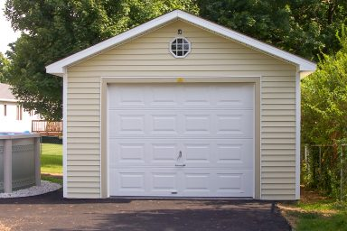 detached one car garage