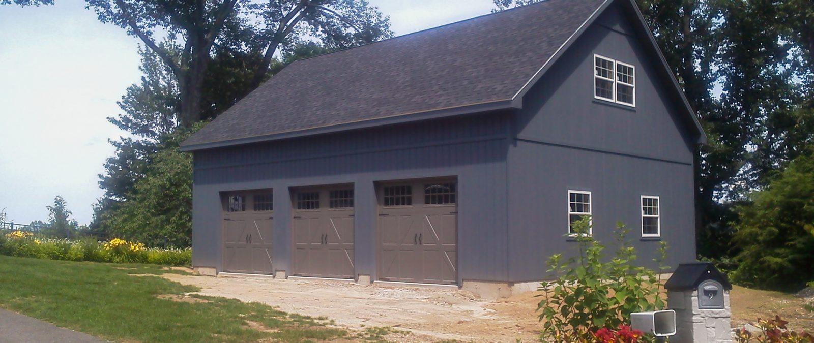 3 car garage with loft