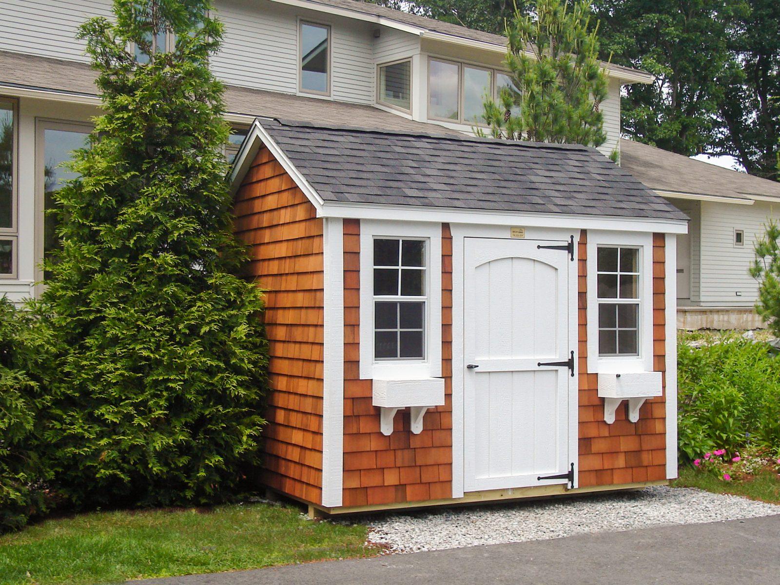 small garden storage space