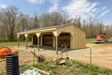 horse run ins sheds
