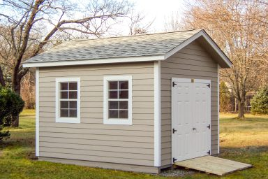 small ranch shed with ramp